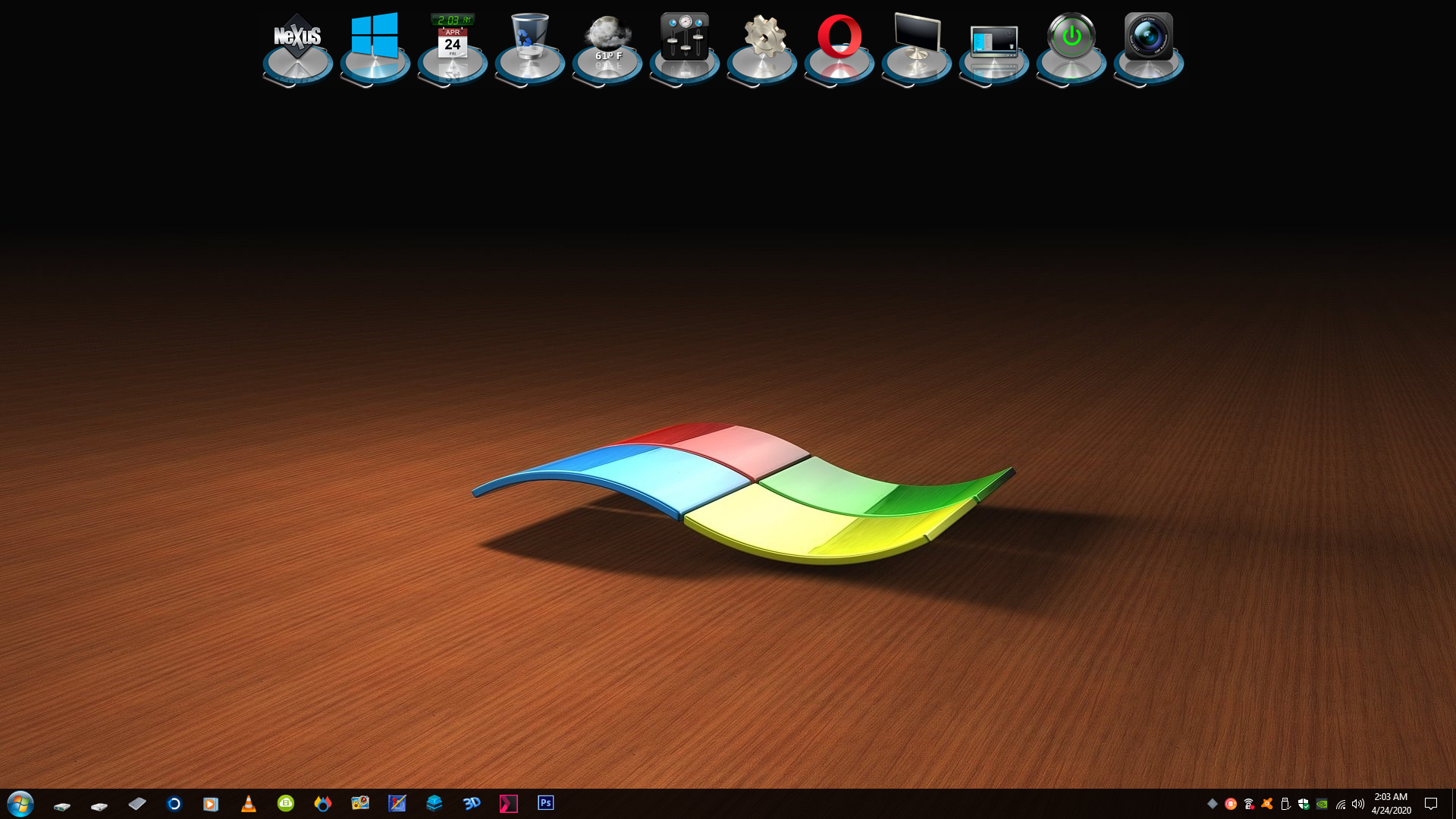 Nexus Docks on a Windows Logo